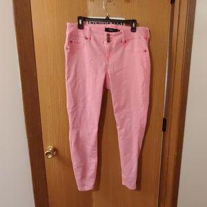 Nwot neon pink Torrid jeggings 16r